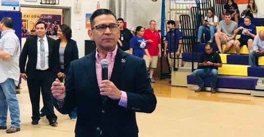 Alvarez Supports Hidalgo County judge's efforts to reduce poverty